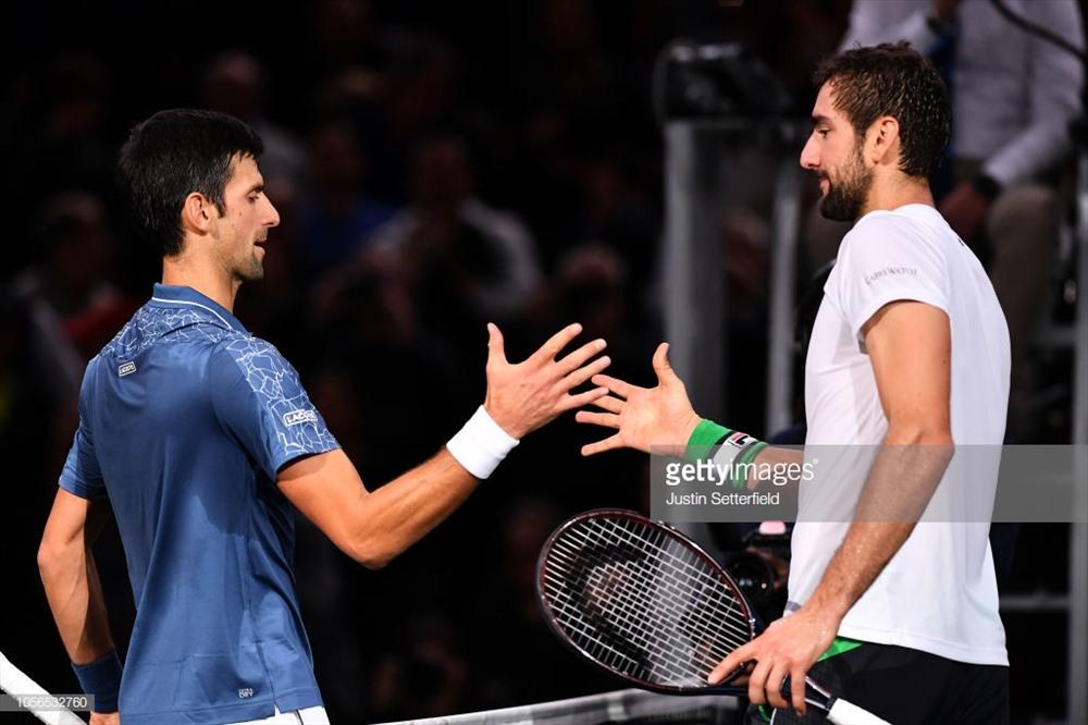 Djokovic ngược dòng ngoạn mục để lọt vào bán kết Paris Masters. Ảnh: Getty.