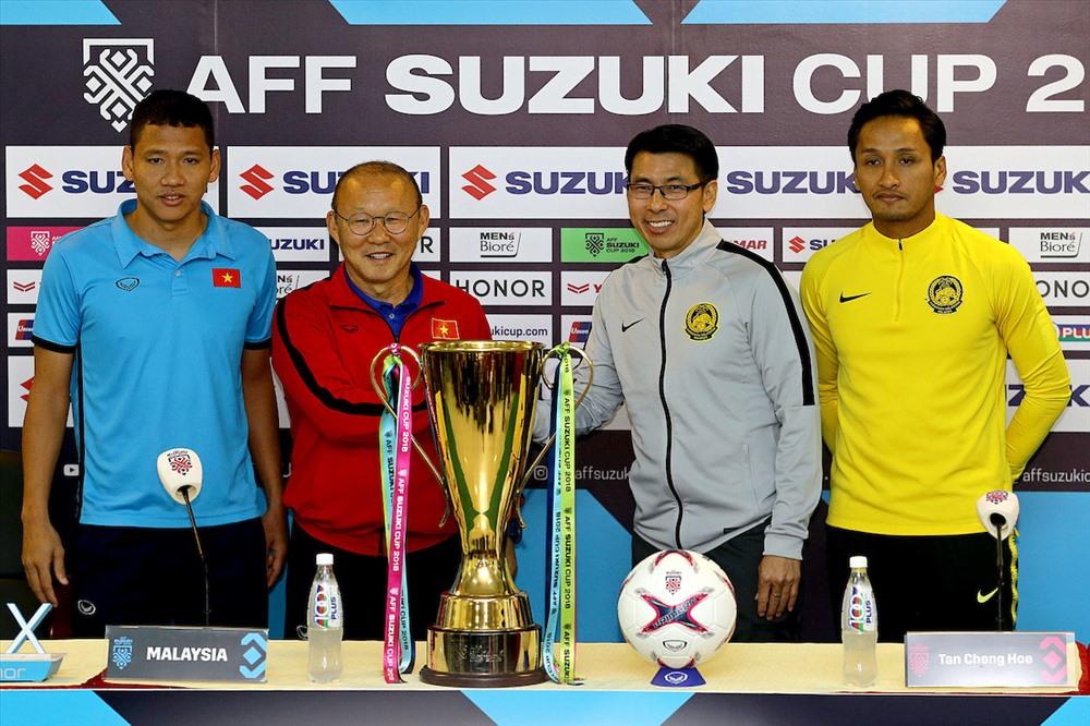 Nếu vượt qua Malaysia, thầy Park và các học trò sẽ nhận mưa tiền thưởng. Ảnh AFF
