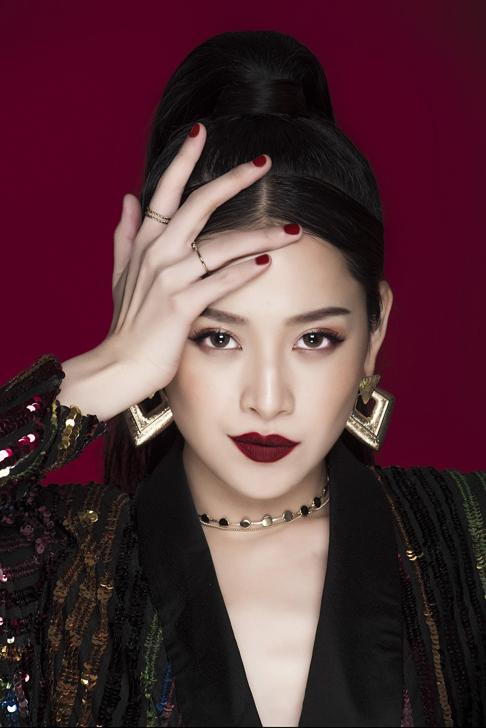 Chi Pu Returns Like An Angel In Her Latest Music Video