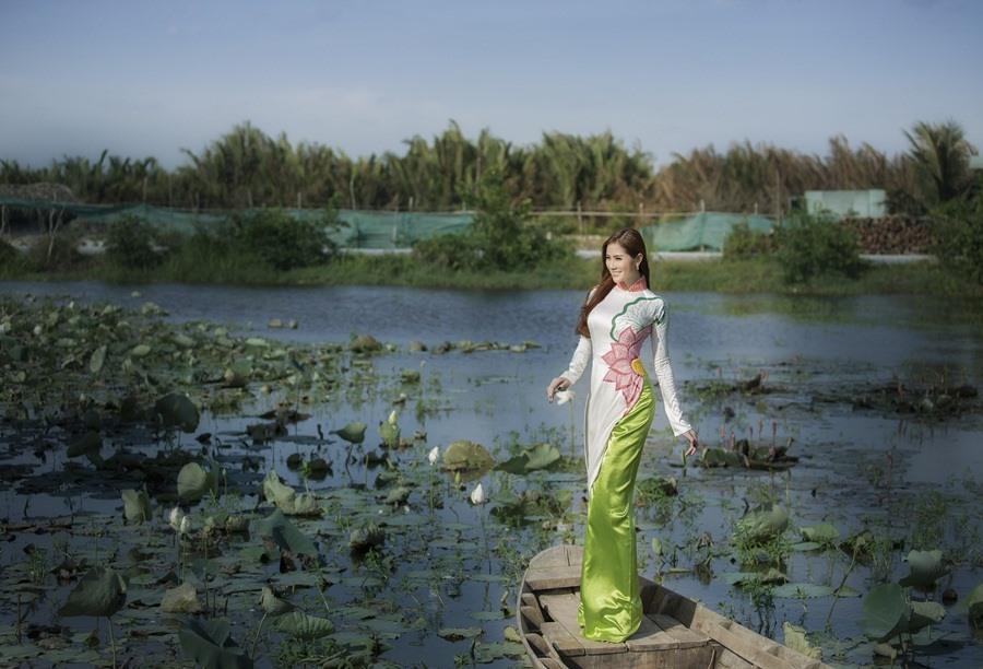 Hoàng Hạnh là người mẫu ảnh