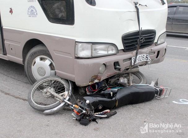 Hiện trường vụ tai nạn.(Ảnh Báo Nghệ An)