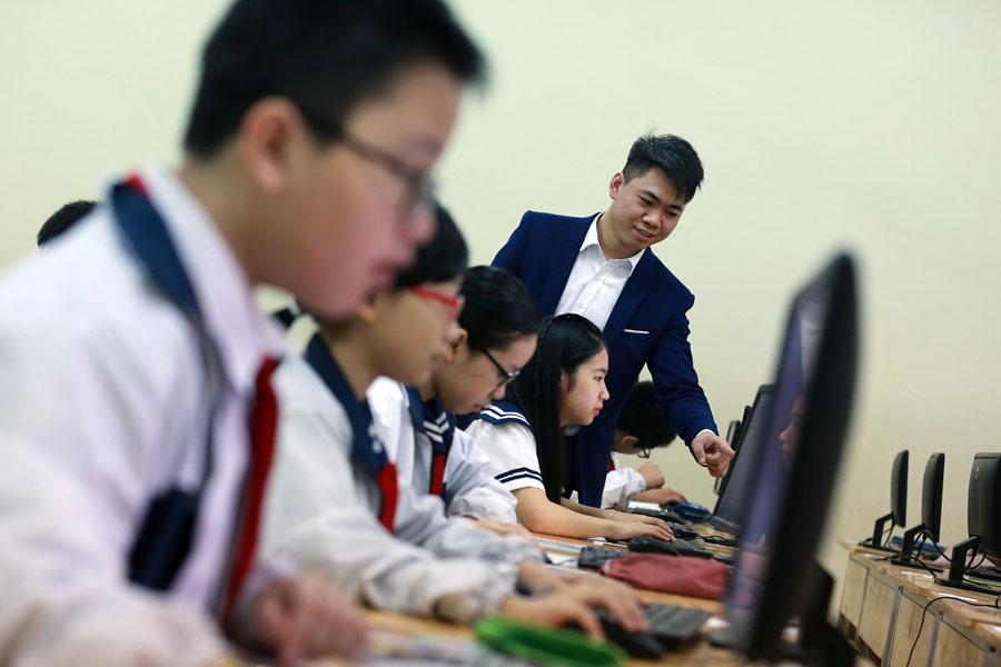 GS-VS Đào Trọng Thi - nguyên Chủ nhiệm Ủy ban Văn hóa, Giáo dục, Thanh niên, Thiếu niên và Nhi đồng của Quốc hội