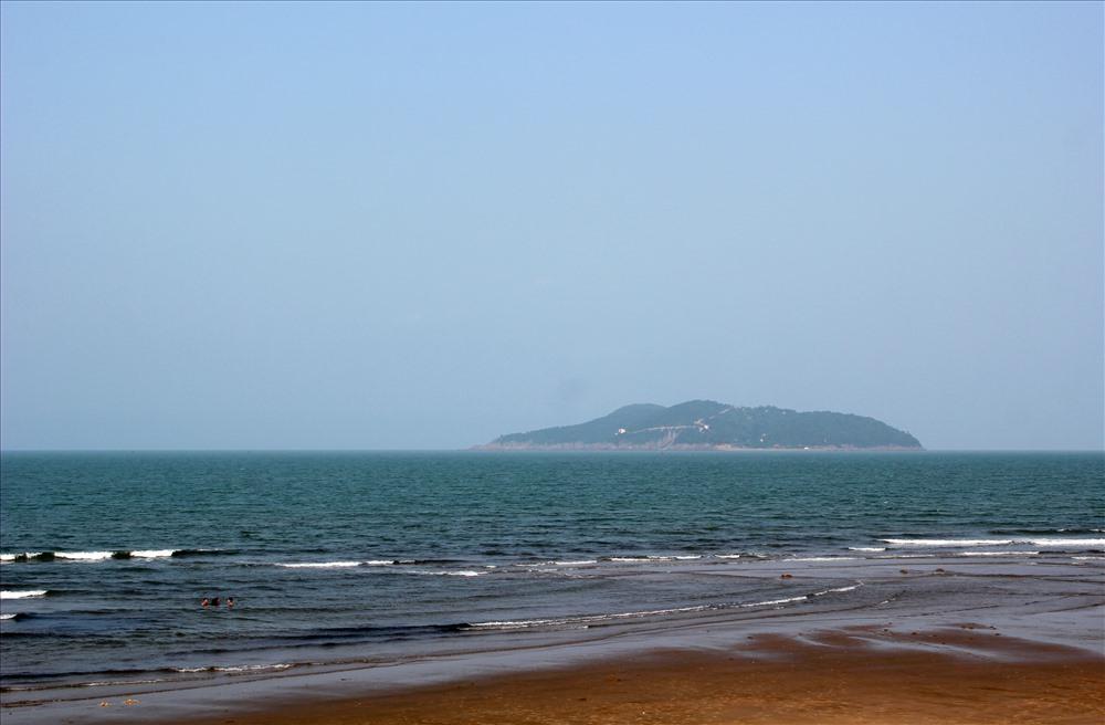 Đảo Song Ngư, báu vật bồng bềnh giữa đại dương. Ảnh: Trần Lưu