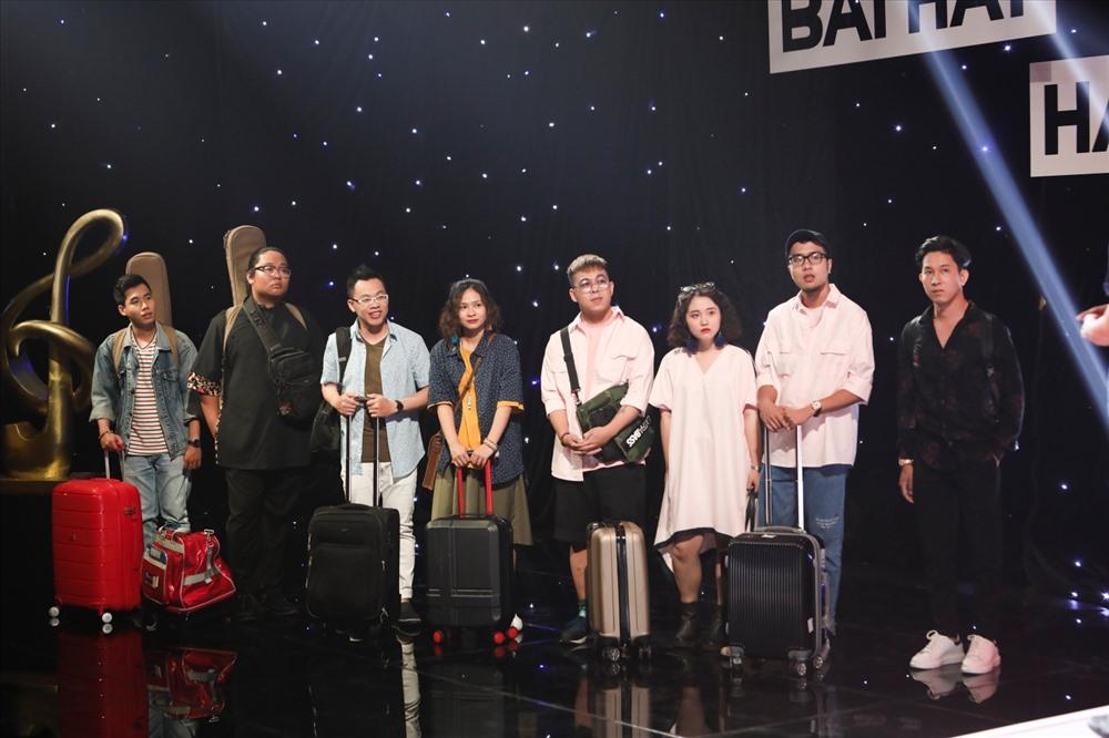 Các thí sinh trong đội Lê Minh Sơn