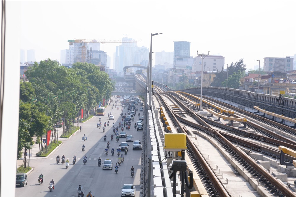Năm 2021 là thời gian kết thúc bảo hành toàn dự án đường sắt Cát Linh - Hà Đông. Mốc vận hành thử là tháng 9/2018. Dự án đã nhiều lần điều chỉnh tiến độ do thiếu mặt bằng, vướng thủ tục vay và giải ngân vốn, tổng thầu EPC nợ tiền thầu phụ...