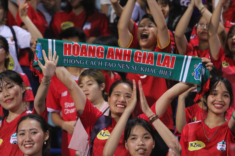 HAGL là đội bóng được yêu mến nhất BĐVN.