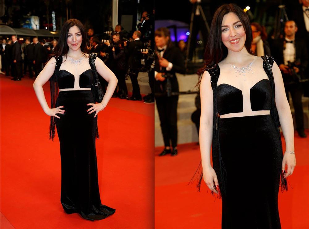 Chiêm ngưỡng bộ thiết kế triệu đô của NTK Việt Nam trên thảm đỏ LHP Cannes - ảnh 2