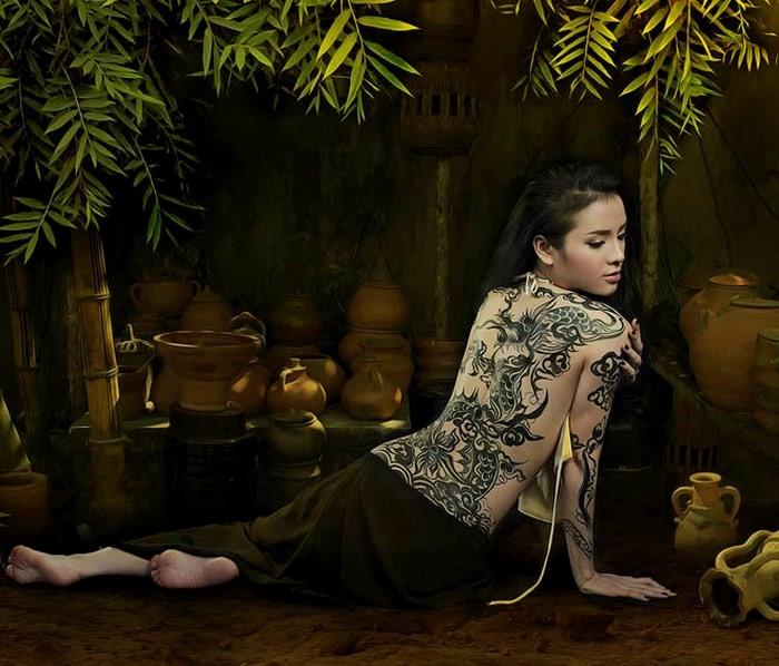 Tác phẩm body painting của họa sĩ Ngô Lực kết hợp cùng Phương Tring Jolie