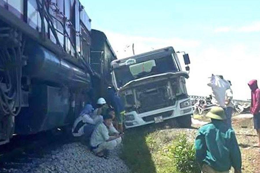 Vụ tai nạn đường sắt ở Nghệ An.