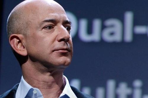 CEO Âmazon - Jeff Bezos. Ảnh Reuters.