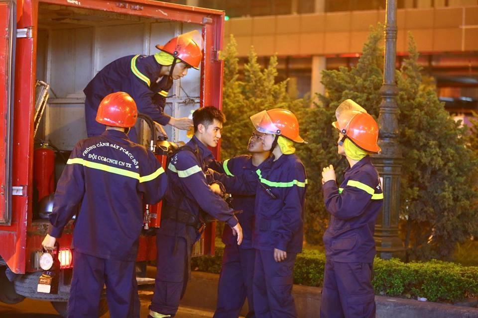 Phòng cs cứu hoả 2,3, 8, 9 đã được huy động đên hiện trường