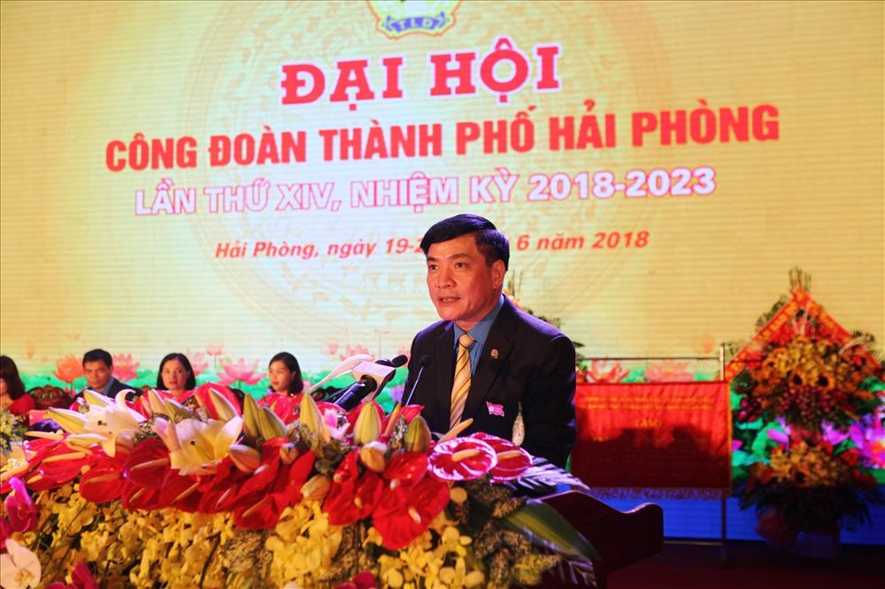 Chủ tịch Tổng LĐLĐ Việt Nam Bùi Văn Cường phát biểu chỉ đạo Đại hội. Ảnh: TN