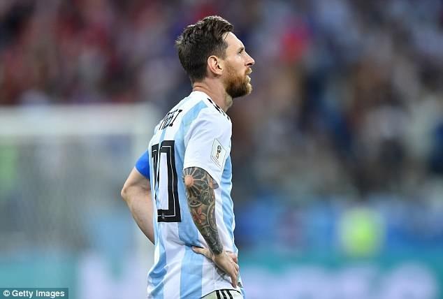 Cửa đi tiếp cho Messi và Argentina vẫn còn. Ảnh: Getty.