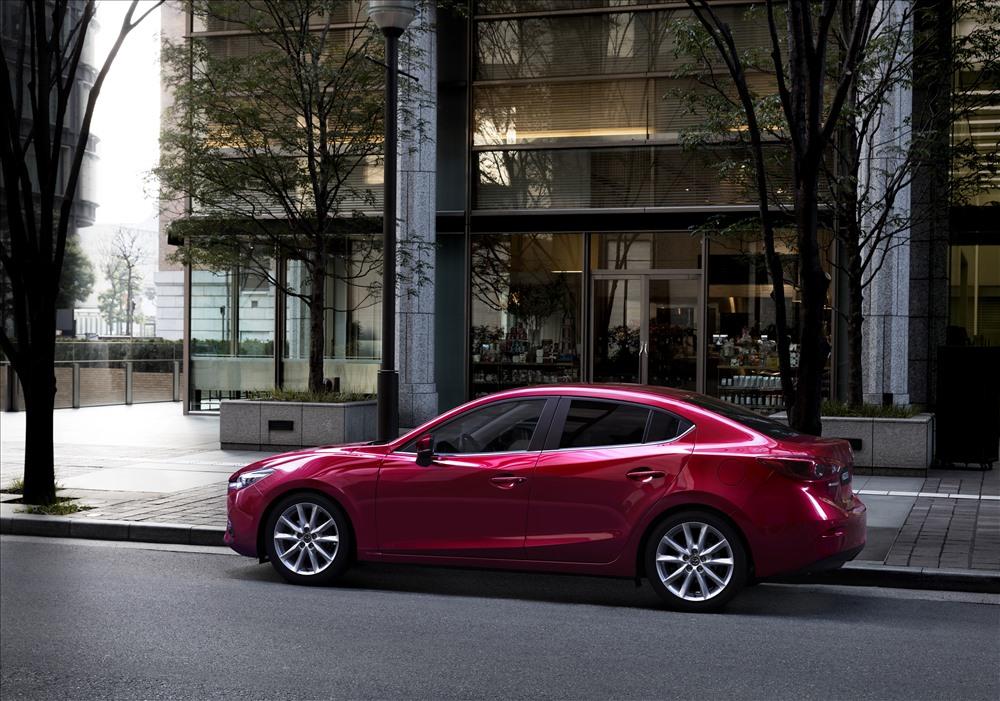 Xe Mazda 3 trong Top 10 xe bán chạy