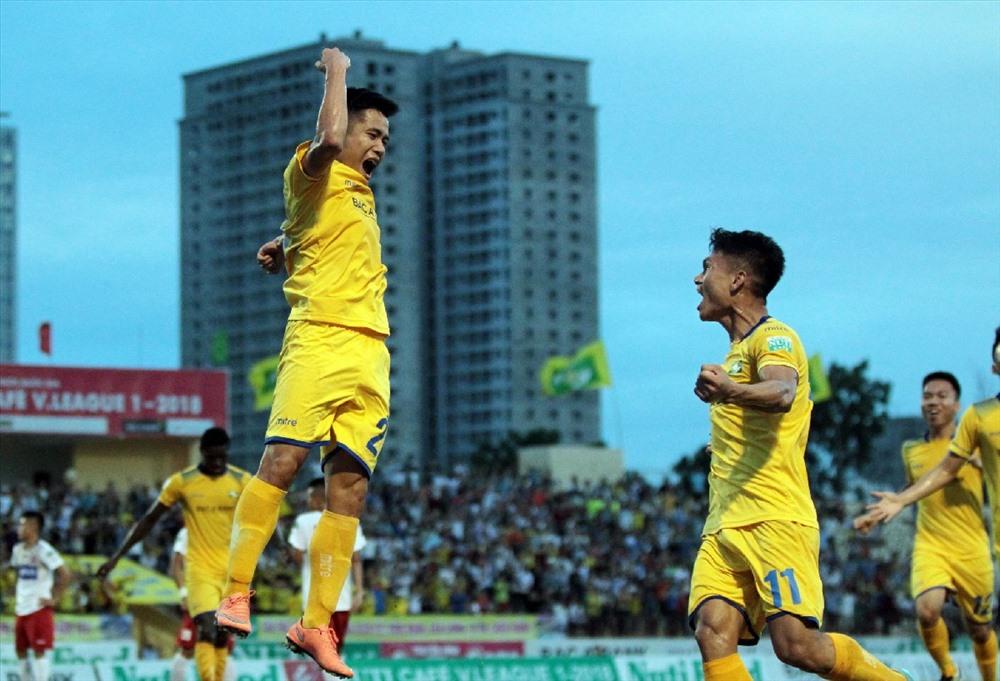 Đội bóng xứ Nghệ đang trình diễn một bộ mặt hoàn toàn khác với lối chơi thăng hoa ở giai đoạn lượt về V.League 2018. Ảnh: VPF