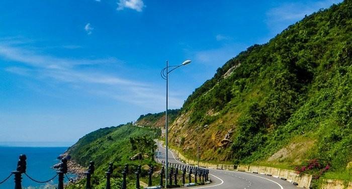Bán đảo Sơn Trà - lá phổi xanh của thành phố.