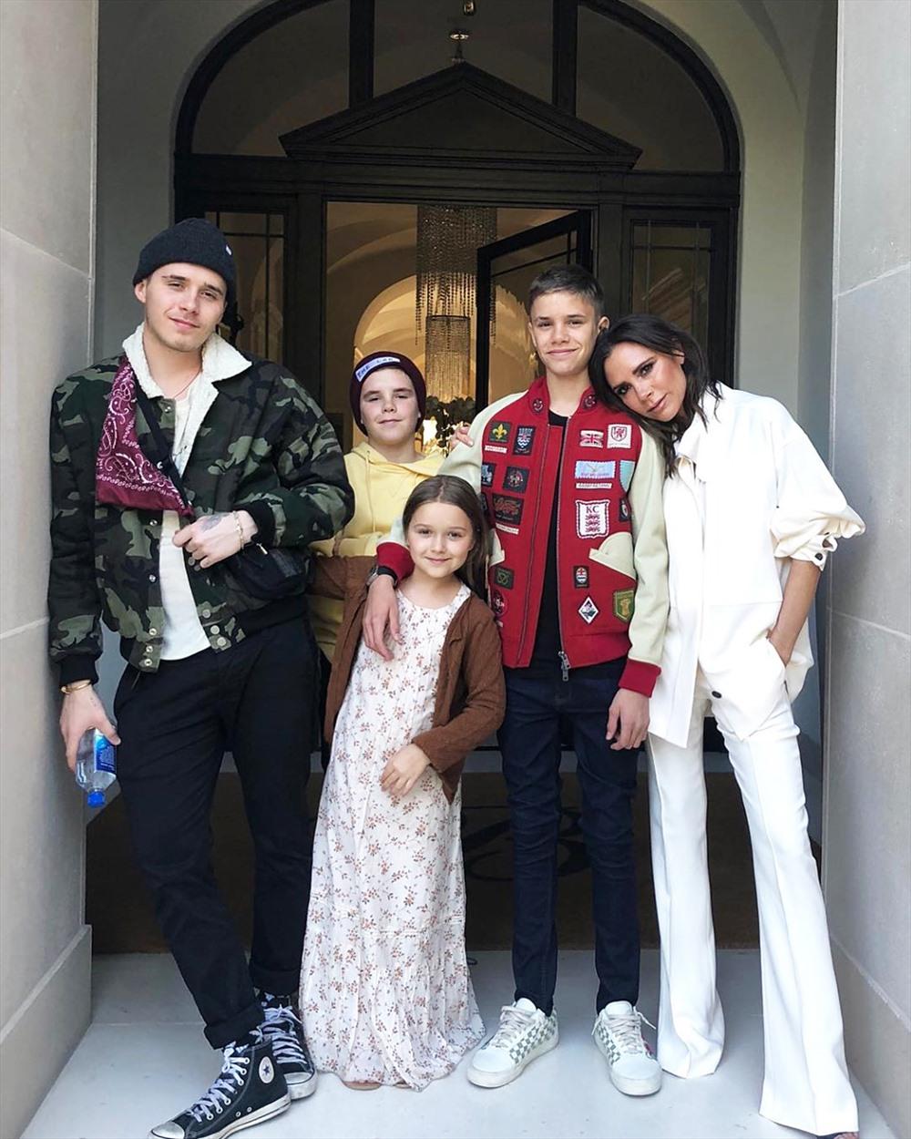 Gia đình nhà Beck Quý tử nhà Beckham đang trên đà trở thành Justin Bieber thứ hai
