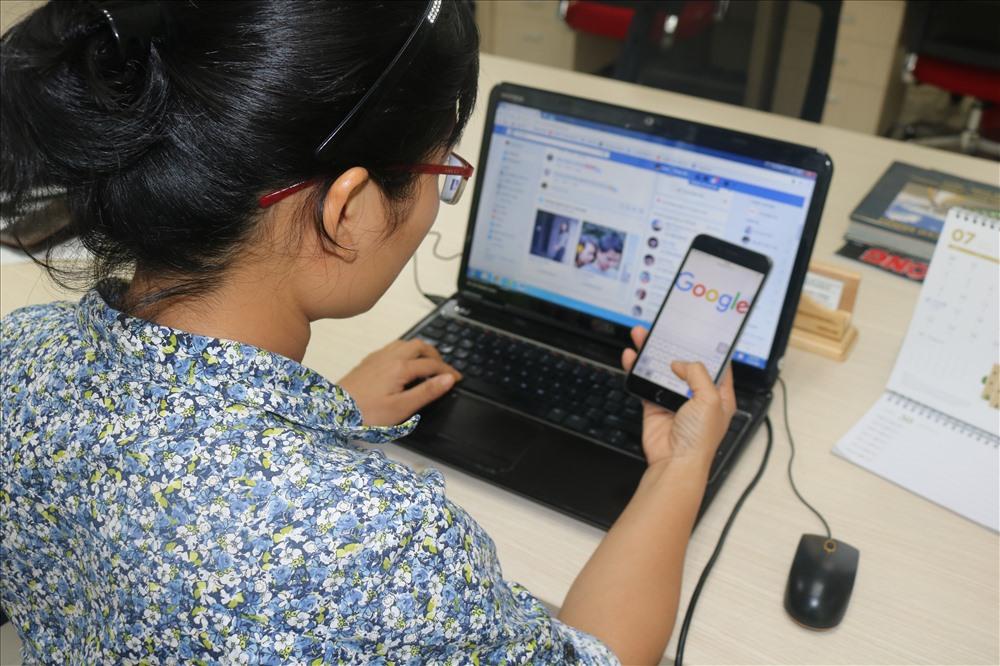 Người dùng Việt Nam đang trả một khoảng tiền lớn chạy các trang quảng cáo trên Facebook, Google. Ảnh. V.H