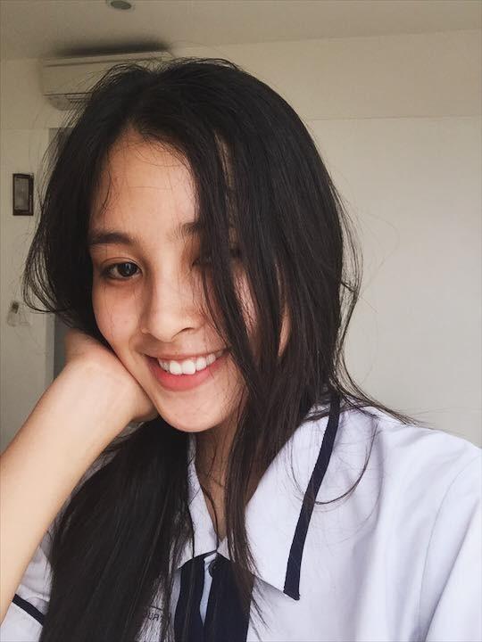 Những hình ảnh đáng yêu thời học sinh ngố tàu của tân Hoa hậu Việt Nam 2018 - Trần Tiểu Vy - Ảnh 14.