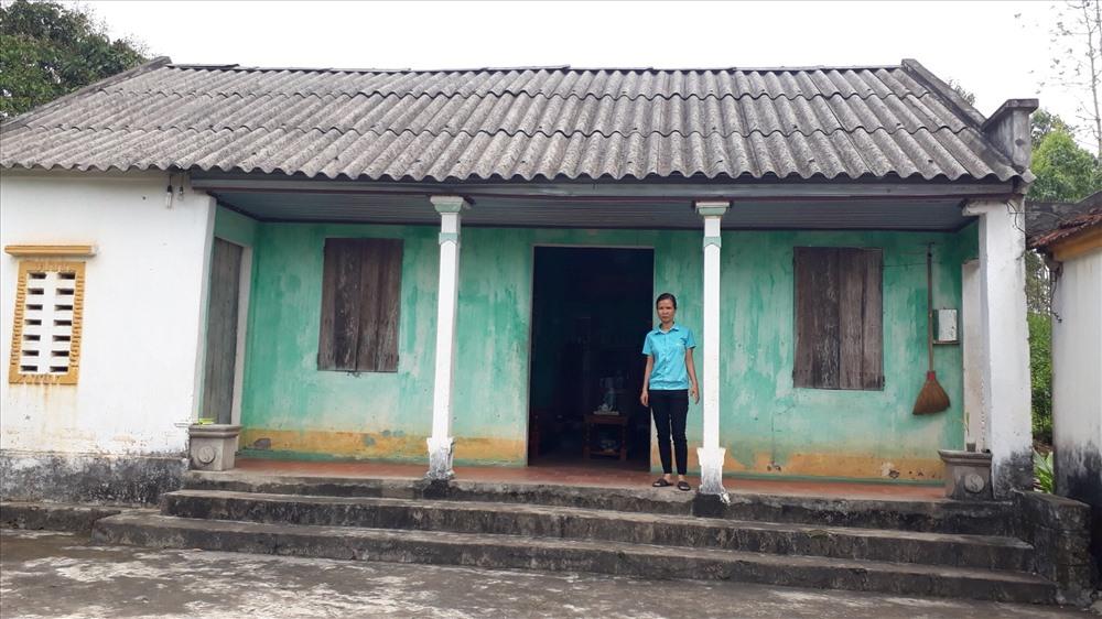 Ngôi nhà cũ của gia đình chị Tú.