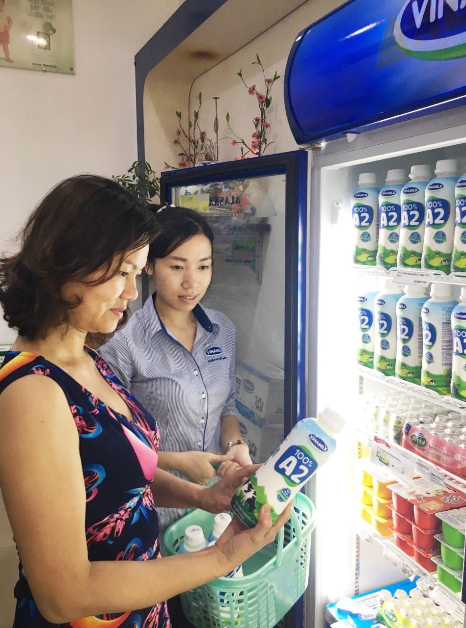 Những sản phẩm sữa tươi A2 100% đầu tiên tại Việt Nam đã tới tay người tiêu dùng.