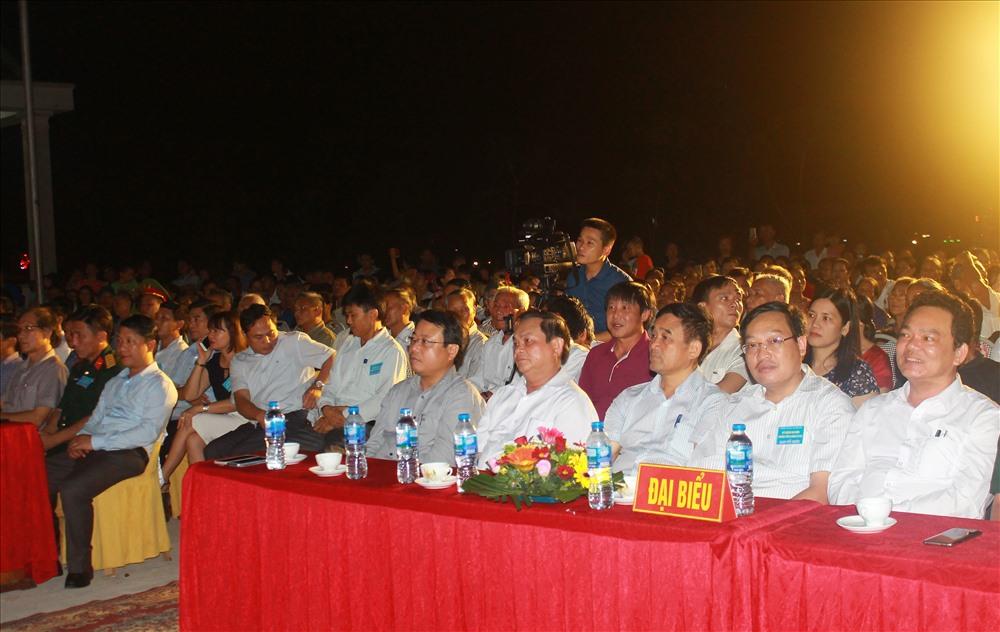 lãnh đạo tỉnh Hà Tĩnh, huyện Can Lộc cùng đông đảo bà con nhân dân đến tham dự lễ kỷ niệm