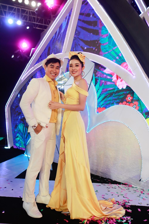 MC Nguyên Khang và Á hậu Huyền My tạo sự hứng thú vị tại cuộc thi Hoa hậu Việt Nam. Ảnh: Hoàng, Kiếng Cận.