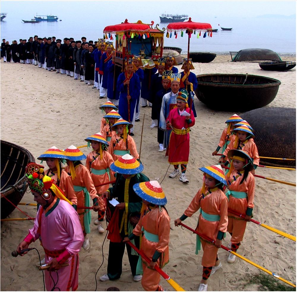 Lễ hội cầu ngư- Ảnh: Khang Huy