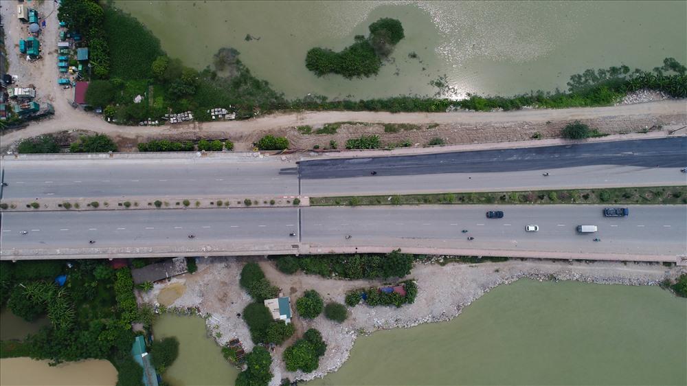 Đường trục phía Nam vốn nằm trên địa bàn tỉnh Hà Tây cũ là tuyến đường quan trọng của thủ đô chạy qua địa phận các quận Hà Đông, huyện Thanh Oai, huyện Ứng Hòa và huyện Phú Xuyên.