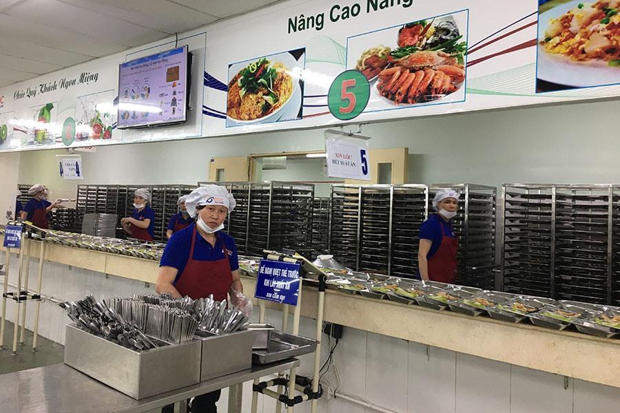 Bếp ăn tại Cty TNHH Điện tử Meiko Việt Nam luôn đảm bảo an toàn vệ sinh thực phẩm. Ảnh: T.E.A