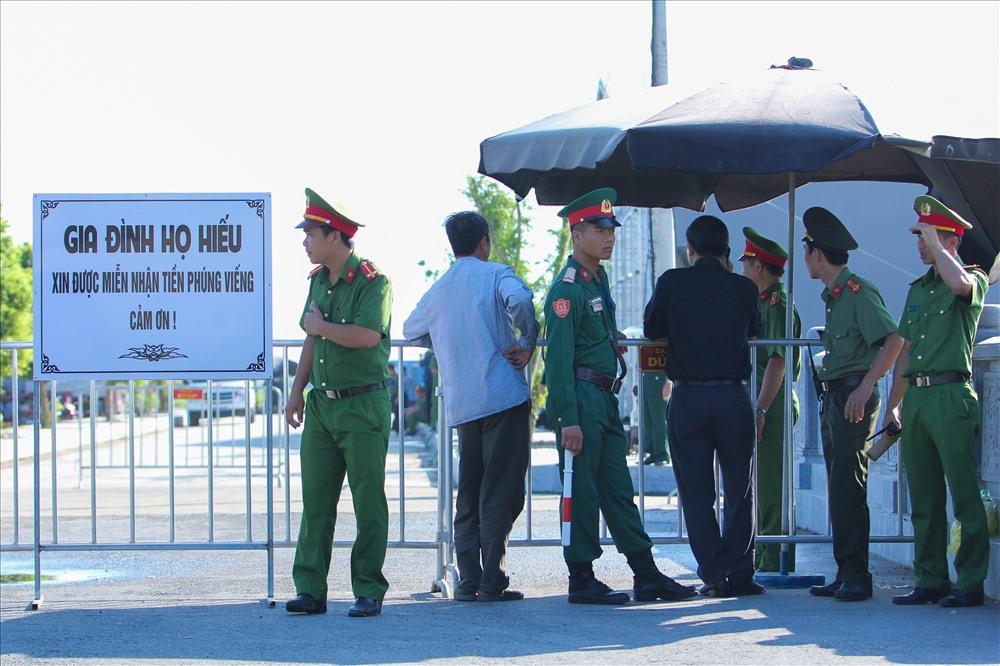An ninh khu vực tổ chức lễ viếng luôn được thắt chặt trong những ngày vừa qua.