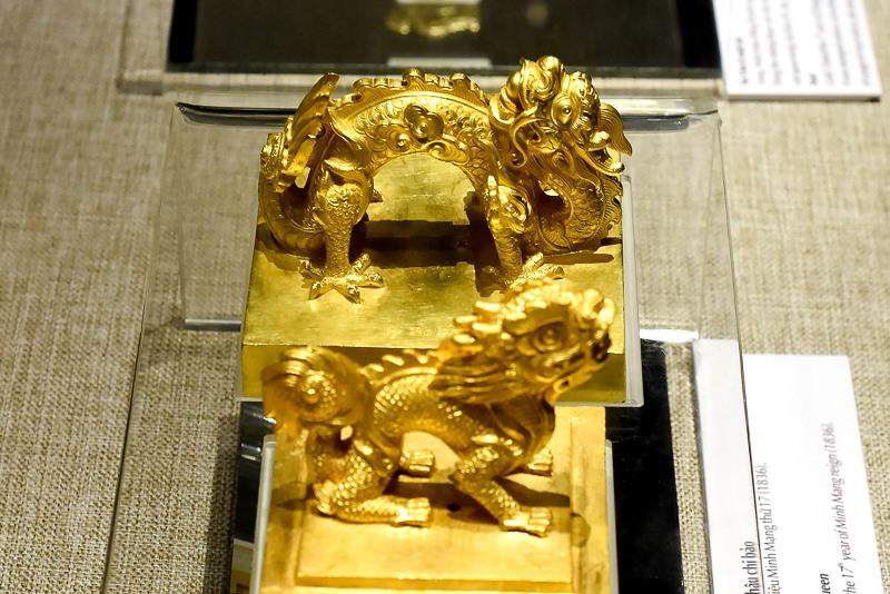 Đây là những báu vật vô giá không chỉ chứa đựng những giá trị về mặt lịch sử, văn hóa, nghệ thuật của một thời đại mà còn phản ánh tài năng và sự sáng tạo của các nghệ nhân Việt Nam.