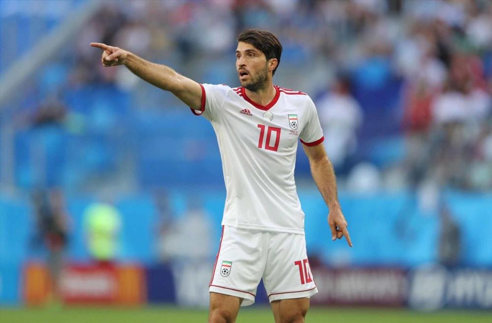 2. Karim Ansarifard (Nottingham Forest - Anh). Karim Ansarifard năm nay 28 tuổi, cao 1m87. Cầu thủ này có 70 lần khoác áo đội tuyển Iran và ghi 18 bàn cho đội tuyển quốc gia.