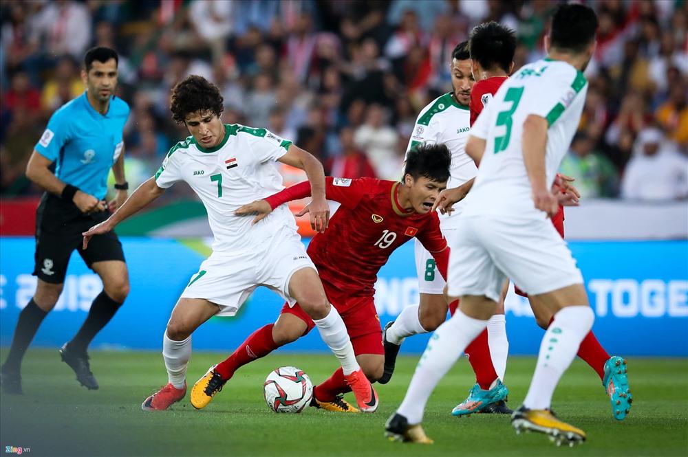 Báo chí UAE chờ đợi vào sức trẻ của tuyển Việt Nam.