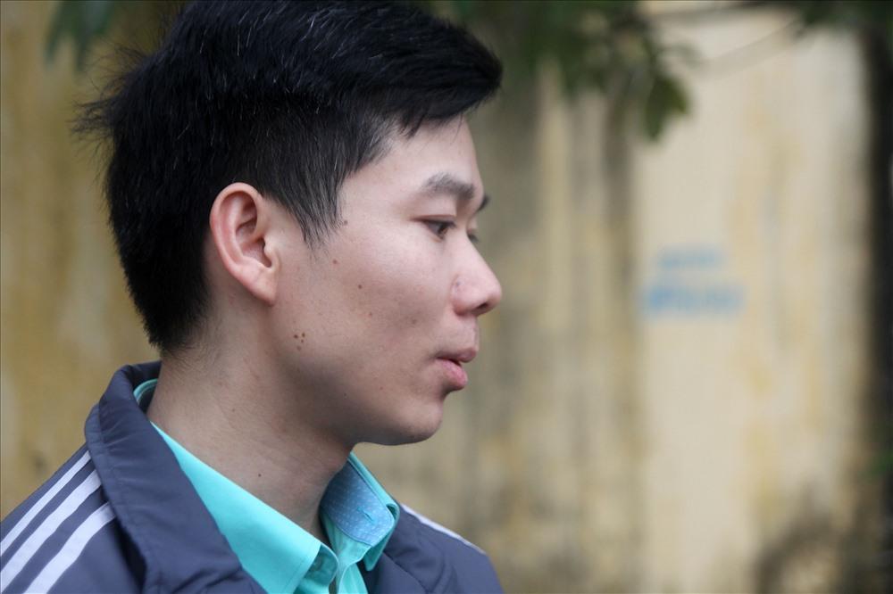 Bị cáo Hoàng Công Lương tại tòa. Ảnh Ngô Cường