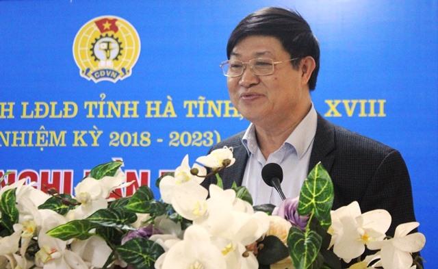Ông Trần Xuân Dâng - Chủ tịch Công đoàn ngành Y tế Hà Tĩnh kiến nghị tăng chỉ tiêu phát triển đoàn viên cho đơn vị mình.