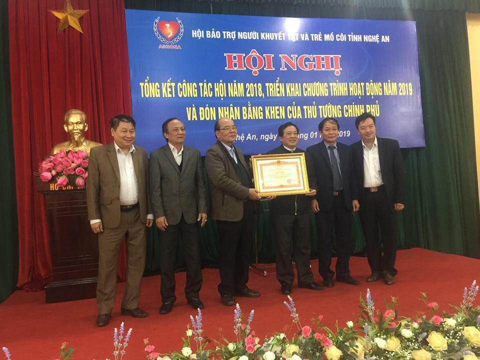 Hội bảo trợ người khuyết tật và trẻ mồ côi nhận bằng khen của Thủ tướng Chính phủ.
