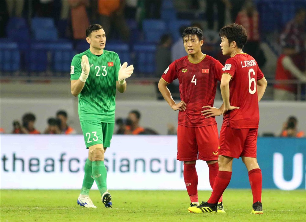 The Vietnamese recruit plays boldly ahead of Japan in the quarterfinals of the Asian Cup 2019. Photo Huu Pham