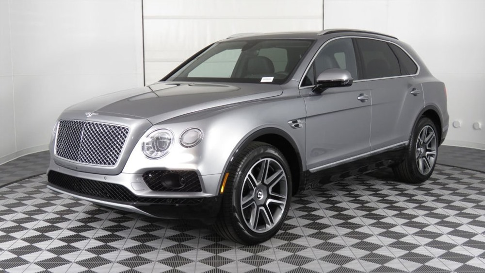 1. Bentley Bentayga 2018 (giá: 229.100 USD)