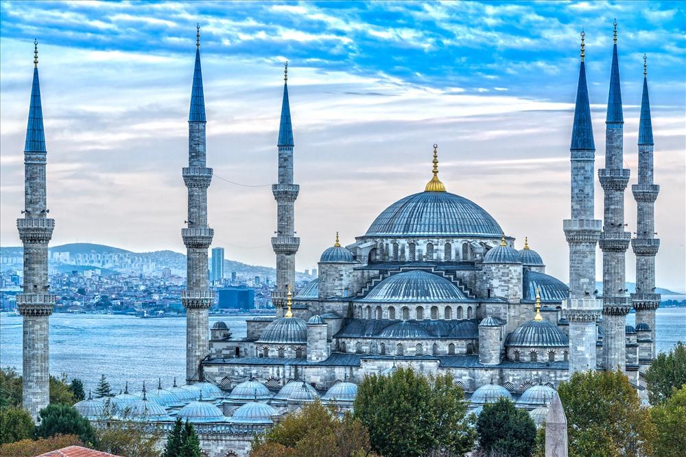 Nhà thờ Hồi giáo Blue Mosque. Ảnh: IslamiCity