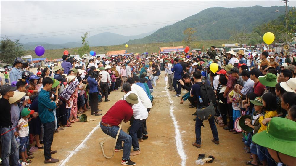 Nhiều trò chơi dân gian được Ban tổ chức lễ hội và chính quyền xã Thiên Lộc, huyện Can Lộc tổ chức ngay sau phần lễ
