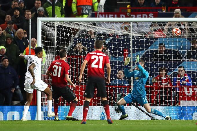 Trung vệ Kimpembe bất ngờ mở tỉ số ở phút thứ 53 (Ảnh: Getty)