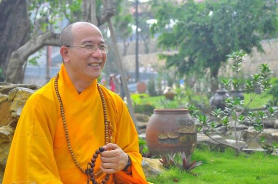 Thầy Thích Trúc Thái Minh -Trụ trì chùa Ba Vàng.