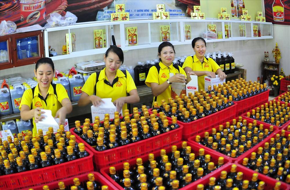 Mỗi năm, Phú Quốc sản xuất khoảng 30 triệu lít nước mắm cung cấp ra thị trường