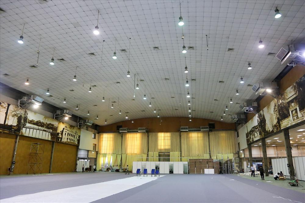 Trung tâm báo chí quốc tế là nơi khai thác, đưa tin về Hội nghị Thượng đỉnh Mỹ - Triều của hàng nghìn phóng viên trong và ngoài nước.