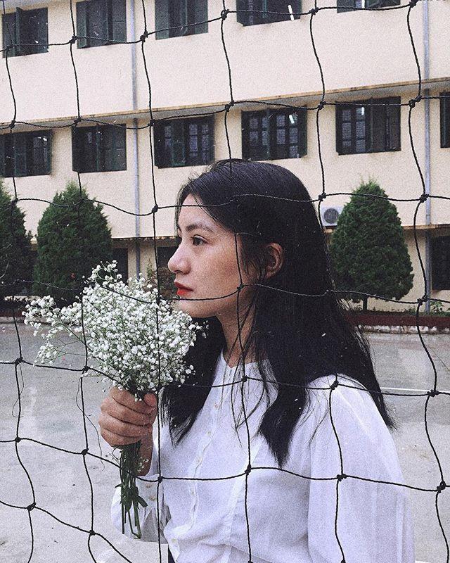 Nữ sinh 10x cũng tiết lộ nhận được thông tin là người tặng hoa cho Chủ tịch Kim Jong-un chỉ mới 1 ngày trước đó. Ảnh: FBNV.