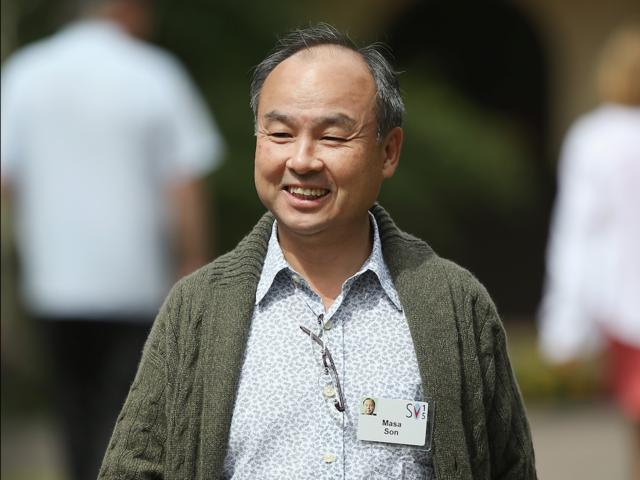 Masayoshi Son là CEO và người sáng lập của megafund Softbank của Nhật Bản, đã bơm tiền vào các công ty công nghệ cao như Uber và WeWork.
