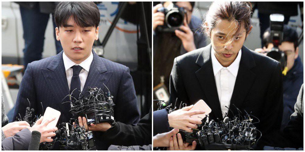 Seung Ri và Jung Joon Young tới trình diện cảnh sát. Seung Ri bị tung tin nhắn môi giới mại dâm với mức giá 10 triệu won/ người.