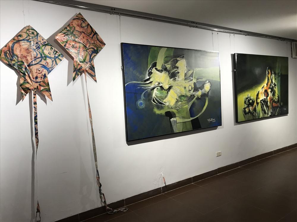 Họa sĩ Vũ Trọng Thuấn sau một thời gian dài định cư tại Pháp, ông trở về Việt Nam và đã chọn Đà Nẵng là quê hương thứ hai để thực hiện niềm đam mê nghệ thuật của mình.