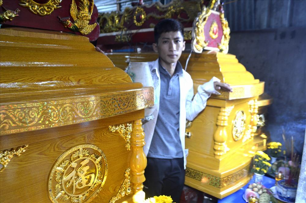 Ở tuổi 18, Huỳnh Long có chịu đựng nỗi sự m.ất mát quá lớn lao khi cùng lúc m.ất mẹ, chị và cháu? Ảnh: Lục Tùng